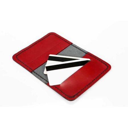 Etui pour cartes bancaires en cuir noir et rouge