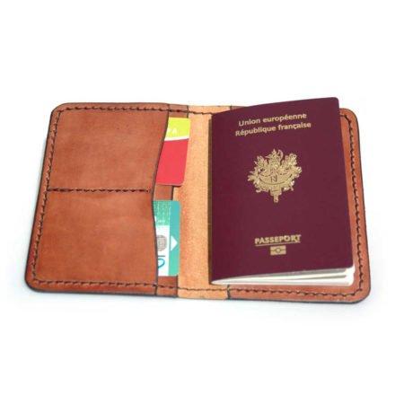 Protège passeport ou permis de conduire en cuir