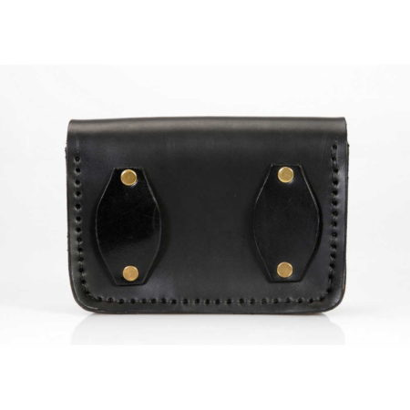 Pochette en cuir noire à mettre à la ceinture