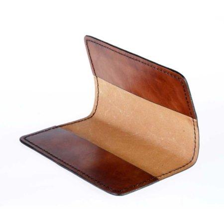 Porte chéquier en cuir naturel talon haut