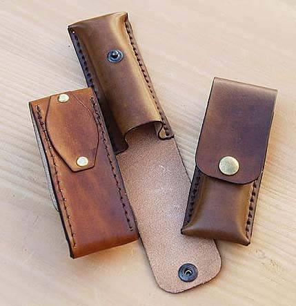 Porte couteau en cuir à mettre à la ceinture