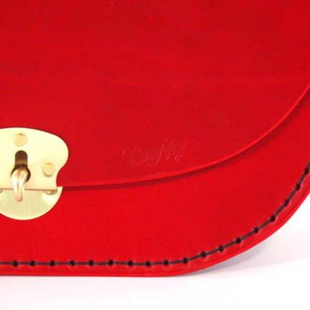 """Sac femme à bandoulière en cuir rouge """"Coeur"""""""