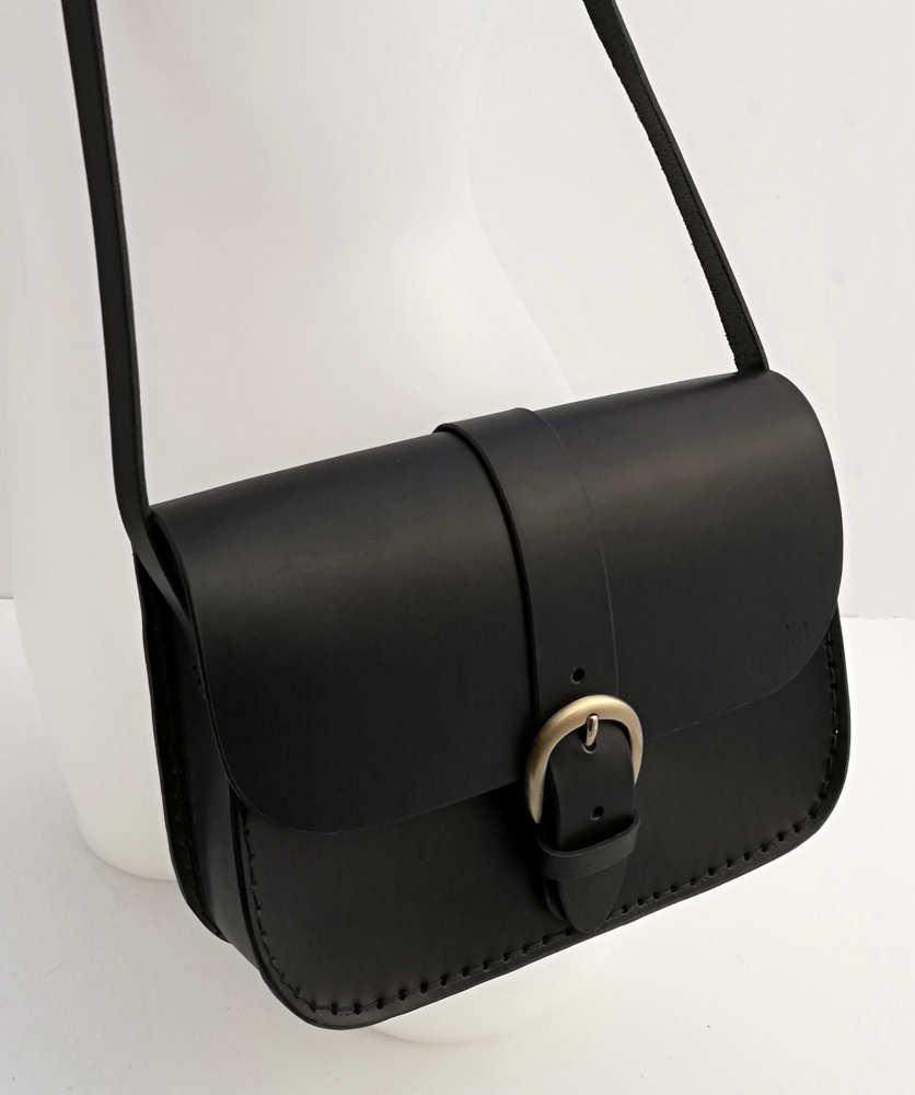 pas mal 0c204 4f937 Sac noir en cuir pour femme à bandoulière