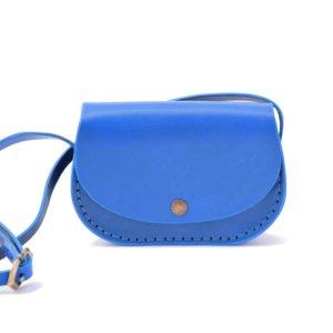 "Petit sac bleu en cuir avec bandoulière ""Ema"""