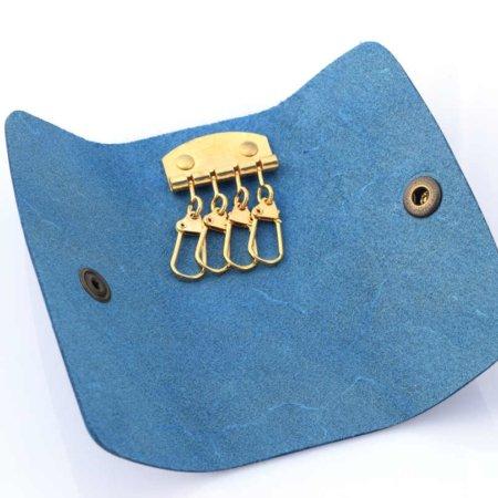 Porte-clés bleu clair en cuir - 4 attaches