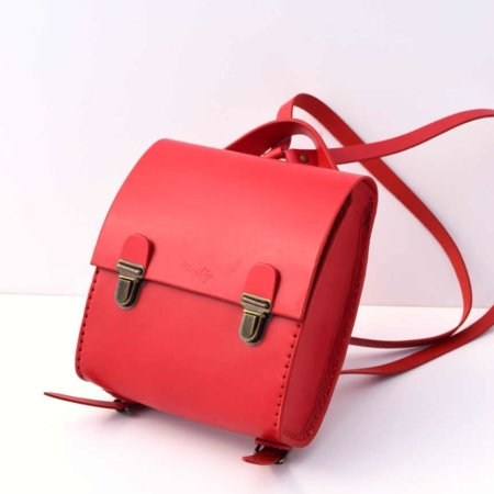 """Sac à dos rouge en cuir """"petit modèle"""" - fabrication artisanale"""