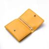 Portefeuille en cuir jaune à 3 volets